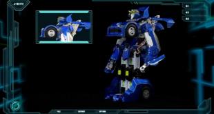 Transformer_robot_prototype_wows_Japanese_fair_crowds