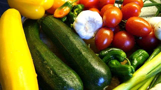 Villar to Filipinos: Plant veggies in your own backyards