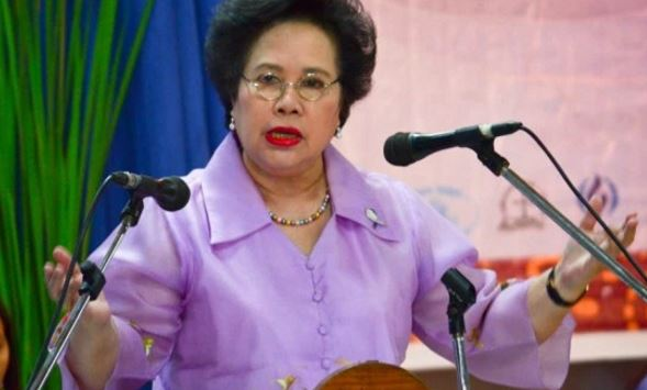 File photo of Senator Miriam Defensor Santiago.  The senator who recently ran and lost in the presidential elections on May 9, was rushed to the Makati Medical Center on Monday and was taken to the hospital Intensive Care Unit Tuesday night due to the advanced stage of her lung cancer.