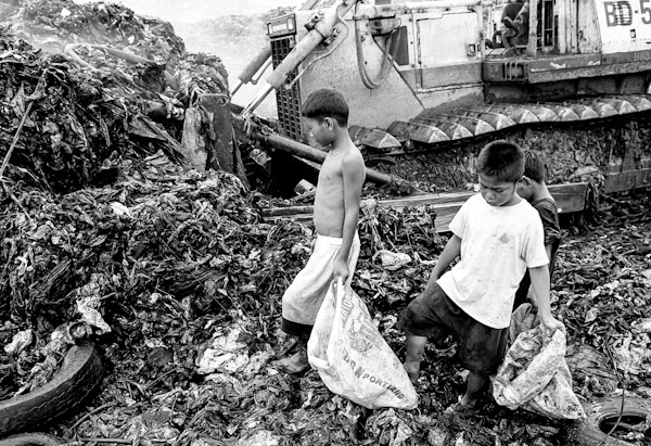 child labour in the philippines Child labor is on the rise due to a steady increase in the price of gold worldwide an estimated 18,000 children work in small-scale mines in the philippines the country ranks 18th in gold production worldwide and the steady increase in global gold prices have had a corresponding impact on the number of child laborers.