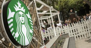 US woman sues Starbucks for $5 mn over ice in cold drinks