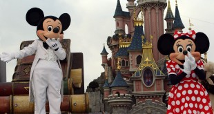 Discrimination case against Disneyland Paris should be dropped: prosecutors