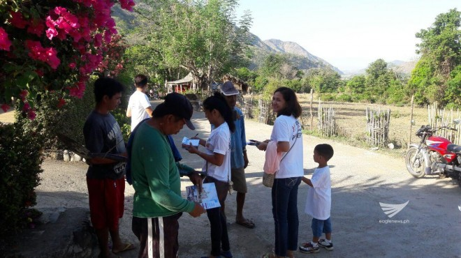 Distribution of INC pamphlets in Ilocos Norte