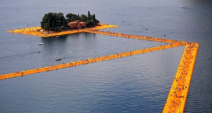 Christo exhibition falls victim to own success