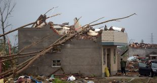 China mounts rescue efforts as tornado toll hits 98