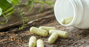 Be careful when taking herbal supplements, doctors warn