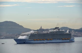 The Harmony of the Seas, the world's biggest-ever cruise ship, enters the port of Marseille, southern France, for a cruise stopover on June 21, 2016.  The 120,000-tonne, 66 metres (217 feet) wide, the widest cruise ship ever built, and 362-metre long ship, is cruising the Mediterranean from its new home port of Barcelona, through Marseille, Italy and the Balearic islands. / AFP PHOTO / BORIS HORVAT