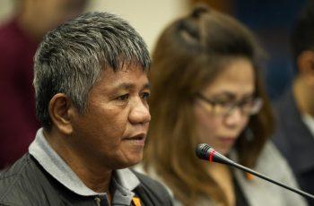 Former death squad member Edgar Matobato testifies during a senate hearing in Manila on September 15, 2016.  / AFP PHOTO / NOEL CELIS