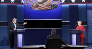 HEMPSTEAD, NY - SEPTEMBER 26: Republican presidential nominee Donald Trump (L) speaks as Democratic presidential nominee Hillary Clinton (R) listens during the Presidential Debate at Hofstra University on September 26, 2016 in Hempstead, New York. The first of four debates for the 2016 Election, three Presidential and one Vice Presidential, is moderated by NBC's Lester Holt.   Drew Angerer/Getty Images/AFP