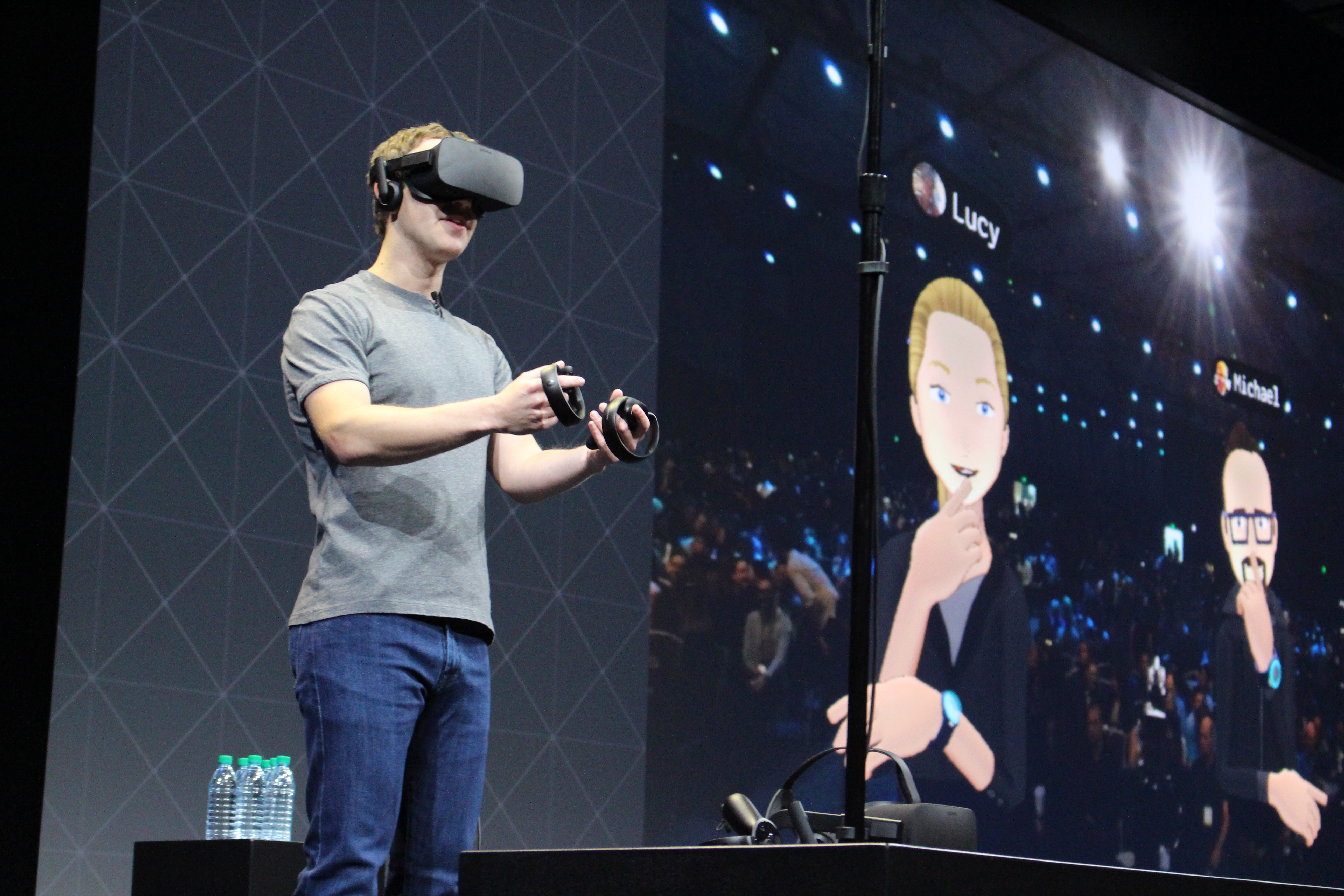 Facebook's Oculus pushes virtual reality with new gear