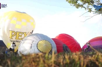 Hot air balloon festival at the Hoensbrock Castle