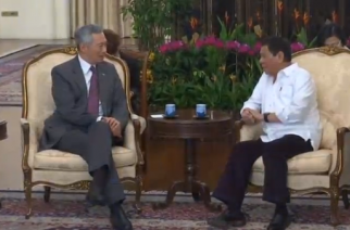 Philippine President Rodrigo Duterte meets with his Singapore counterpart Tony Tan, reaffirming the importance of not interfering in internal affairs among ASEAN (Association of Southeast Asian Nations) states. (Photo grabbed from Reuters video)