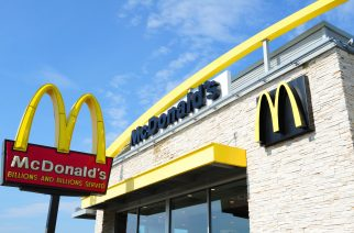 (FILES) This file photo taken on September 10, 2016 shows  a McDonald's restaurant in Gettysburg, Pennsylvania. US fast-food giant McDonald's will sell its mainland China and Hong Kong franchise business to a consortium of Citic Group and the Carlyle Group for up to $2.08 billion, the companies said January 9, 2017. / AFP PHOTO / Karen BLEIER