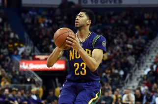 NEW ORLEANS, LA - FEBRUARY 04: Anthony Davis #23 of the New Orleans Pelicans takes a shot during the first half of a game against the Los Angeles Lakers at the Smoothie King Center on February 4, 2016 in New Orleans, Louisiana. NOTE TO USER: User expressly acknowledges and agrees that, by downloading and or using this photograph, User is consenting to the terms and conditions of the Getty Images License Agreement.   Stacy Revere/Getty Images/AFP