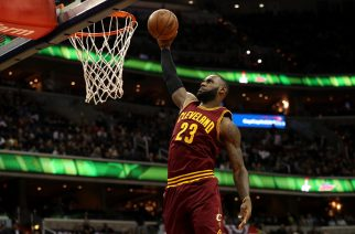 WASHINGTON, DC - NOVEMBER 11: LeBron James #23 of the Cleveland Cavaliers dunks against the Washington Wizards during the first half at Verizon Center on November 11, 2016 in Washington, DC. NOTE TO USER: User expressly acknowledges and agrees that, by downloading and or using this photograph, User is consenting to the terms and conditions of the Getty Images License Agreement.   Patrick Smith/Getty Images/AFP