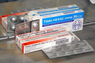 A photo of Analgesic (Painkillers) from Wikipedia.