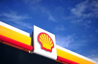 "The Shell logo is pictured outside a Shell petrol station in central London on January 17, 2014. Shell issued a severe profits warning on January 17 blaming exploration costs, pressures across the oil industry and disruption to Nigerian output, sparking a sharp drop in its share price. The London-listed energy group said in a surprise trading update that fourth-quarter profits were set to be ""significantly lower than recent levels of profitability"".  AFP PHOTO / CARL COURT / AFP PHOTO / CARL COURT"