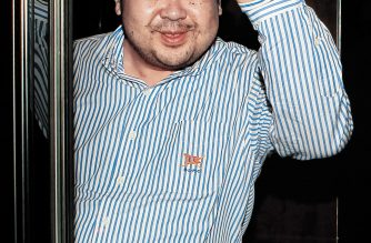 TO GO WITH STORY: NKorea-politics-son-Macau,FOCUS by Beh Lih Yi (FILES) In a file picture taken on June 4, 2010 Kim Jong-Nam, the eldest son of North Korean leader Kim Jong-Il, waves after an interview with South Korean media representatives in Macau.  The whereabouts of late North Korean leader Kim Jong-Il's eldest son, once seen as the natural successor in the communist dynasty, has become the subject of intense speculation since his father's death.  REPUBLIC OF KOREA OUT    AFP PHOTO / JOONGANG SUNDAY VIA JOONGANG ILBO / AFP PHOTO / JOONGANG ILBO/FILES / JoongAng Sunday