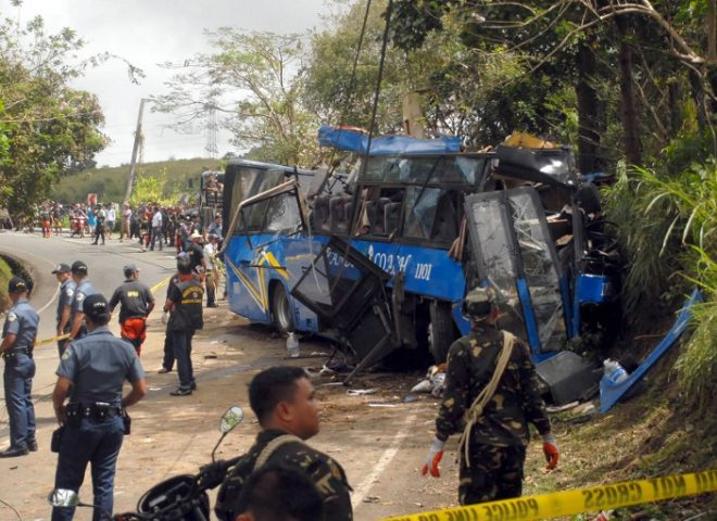 14 college students on field trip, including bus driver, killed in bus crash in Tanay