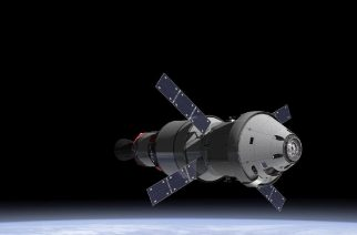 This undated artists rendering provided by NASA and the European Space Agency shows the Orion capsule and the service module in Earth orbit. NASA/ESA on January 16, 2013 discussed plans for Europe to provide the Orion capsule's service module for an unmanned test flight planned in late 2017. The service module provides in-space propulsion, life support and abort capability for the capsule, which is being designed to carry humans to the moon, an asteroid and eventually Mars. AFP PHOTO/HANDOUT/NASA/ESA / AFP PHOTO / NASA/ESA / HO