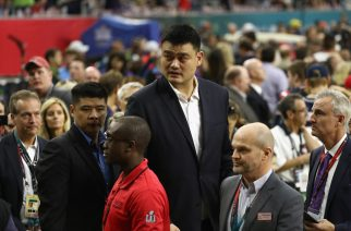 HOUSTON, TX - FEBRUARY 05: Former Houston Rocket and NBA Hall of Famer Yao Ming walks on the sideline before Super Bowl 51 between the Atlanta Falcons and the New England Patriots at NRG Stadium on February 5, 2017 in Houston, Texas.   Elsa/Getty Images/AFP