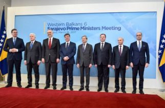 "EU Commissioner for Enlargement and Neighborhood policy, Johannes Hahn (4thR) poses next to (LtoR) Serbia's Prime minister Aleksandar Vucic, Montenegro's Prime minister Dusko Markovic, Albania's Prime minister Edi Rama, , Bosnia and Herzegovina's Prime minister Denis Zvizdic, Macedonia's Prime minister Emil Dimitriev, Kosovo's Prime minister Isa Mustafa,  and Italian Foreign Minister, Angelino Alfano (R) at the begining of ""Western-Balkans 6"" - Prime ministers meeting, in Sarajevo, on March 16, 2017.  / AFP PHOTO / STR"
