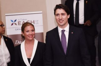 NEW YORK, NY - MARCH 16: Canadian Prime Minister Justin Trudeau (R) and his wife Sophie Gregoire-Trudeau attend the Catalyst Awards Dinner at Waldorf Astoria Hotel on March 16, 2016 in New York City.   Ilya S. Savenok/Getty Images/AFP