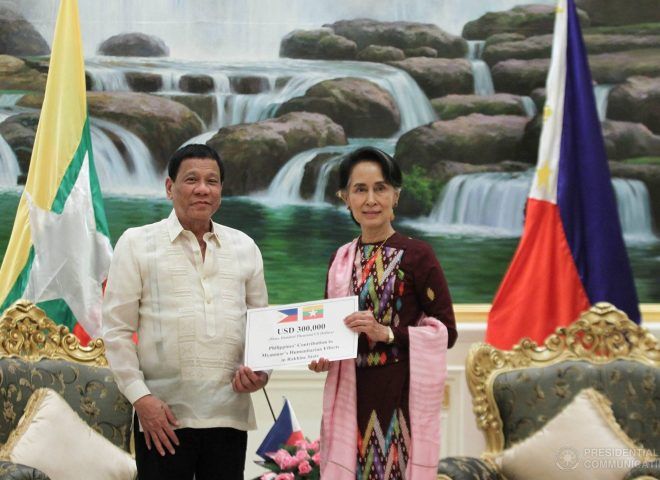 News in photo:  Philippines gives highest donation to Myanmar's Rakhine State among ASEAN nations