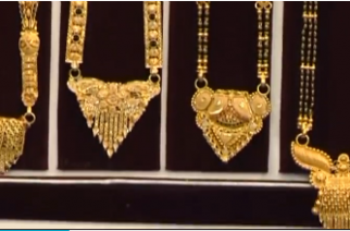 India's gold imports surge on pent-up demand India's gold imports surge on pent-up jeweller demand and as retail consumers ramp up purchases for weddings. Samantha Vadas reports. Photo grabbed from Reuters video file