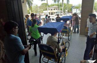 5 PWDs pinagkalooban ng tricycle type wheelchair sa Biñan City, Laguna