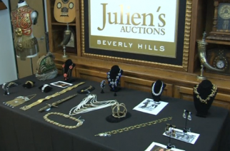 Pieces of costume jewelry designed by Eugene Joseff and worn by iconic Hollywood stars like Vivien Leigh, Elizabeth Taylor and Marilyn Monroe, are going up for auction in Hollywood. (Photo grabbed from Reuters video)