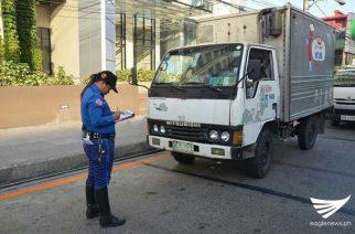 Light trucks ban sinumulan na ng MMDA