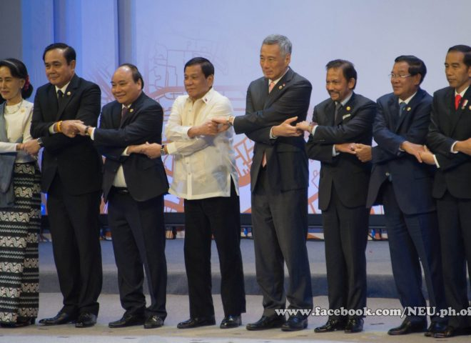 News in photos:  ASEAN leaders pose for the traditional family photo during the 30th ASEAN Summit opening in Manila