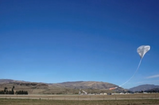 A stadium-sized super pressure balloon, designed by NASA, takes flight in New Zealand. (Photo grabbed from Reuters video)