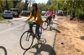 Dozens of women in Pakistan took part in female-only bike races in major cities on Sunday (April 2), in an event organized to challenge male dominance of public spaces in the country.(photo grabbed from Reuters video)