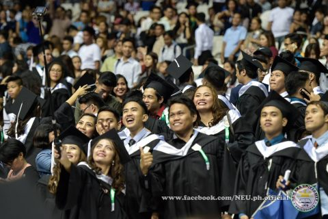 "A group of NEU graduates take a ""groupie"" during the NEU's 42nd commencement exercises held at the Philippine Arena.  (phptp courtesy NEU official facebook page)"