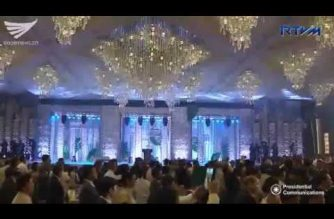 President Duterte hosts festive gala dinner capping 30th ASEAN Summit in Manila