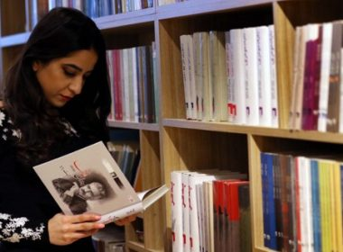 "Iraqi women read at ""The Book Cafe"", a coffee shop that sells books that is the first of its kind in Iraqi Kurdistan, in the capital of the Kurdish autonomous region in northern Iraq, Arbil, on March 10, 2017. The founders say the vision behind the cafe is to increase the culture of reading and provide a comfortable place for young and old, male and female, to study, and learn while enjoying coffee, books and chocolate. / AFP PHOTO / SAFIN HAMED"