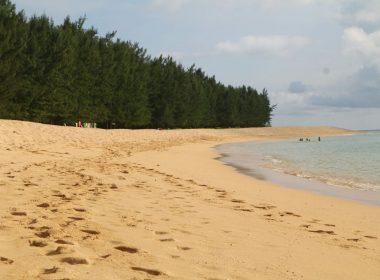 Jomalig Island sa Quezon, dinadagsa na ng mga turista