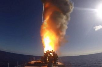 """An image grab taken from a video footage made available on the Russian Defence Ministry's official website on November 15, 2016, reportedly shows the frigate Admiral Grigorovich launching cruise missiles in the eastern Mediterranean off the Syrian coast during a strike against Islamic State (IS) group's positions in Syria. Russian Defence Minister Sergei Shoigu said on November 15 that jets from the Admiral Kuznetsov aircraft carrier deployed in the eastern Mediterranean had launched their first strikes on Syria. / AFP PHOTO / Russian Defence Ministry / HO / RESTRICTED TO EDITORIAL USE - MANDATORY CREDIT """"AFP PHOTO / HO / Russian Defence Ministry - NO MARKETING NO ADVERTISING CAMPAIGNS - DISTRIBUTED AS A SERVICE TO CLIENTS"""
