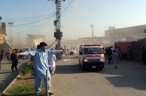 An ambulance of transports victims after a twin blasts at a market in the Pakistani city of Parachinar, capital of Kurram tribal district, on June 23, 2017.    At least 11 people were killed and 24 wounded on Friday when twin blasts tore through a market crowded with shoppers preparing for the Eid holidays in a mainly Shiite area of Pakistan's tribal belt. / AFP PHOTO / STR