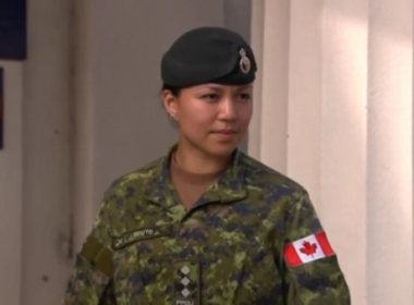 A Canadian soldier became the first woman from an infantry unit to take command of troops guarding Queen Elizabeth's Buckingham Palace residence in London on Monday (June 26).(photo grabbed from Reuters video)