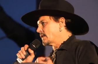 Hollywood_star_Johnny_Depp_delights_fans_at_Glastonbury