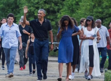 Former President Barack Obama's vacation in Indonesia together with his family. Photo grabbed from Reuters video file.