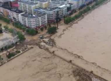 Rescue operations are still underway across rainstorm-hit Suide County near Yulin City of Shaanxi province, northwest China, on Thursday.(photo grabbed from Reuters video)