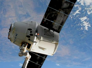 The SpaceX Dragon cargo craft was released from the International Space Station on Monday (July 3) in preparation for a splashdown in the Pacific Ocean with over 4000 pounds (1814 kilograms) of cargo and experimental samples. Photo from Reuters video file.