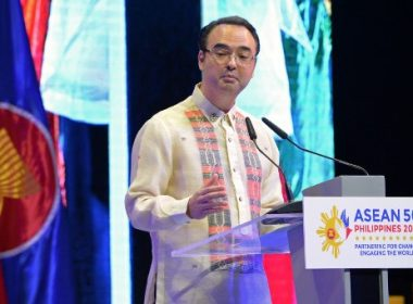 Philippine Foreign Affairs Secretary Alan Peter Cayetano speaks during the closing ceremony of the 50th Association of Southeast Asian Nations (ASEAN) regional security forum in Manila on August 8, 2017. Philippine President Rodrigo Duterte on August 8 took a swipe at the Trump administration's retreat from a major free trade deal, joining Asian nations at a regional forum this week in criticising rising protectionism. / AFP PHOTO / TED ALJIBE