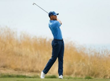 HAYWARD, CA - AUGUST 03: Stephen Curry plays his tee shot at the second hole during round one of the Ellie Mae Classic at TCP Stonebrae on August 3, 2017 in Hayward, California.   Lachlan Cunningham/Getty Images/AFP