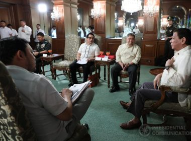 President Rodrigo Roa Duterte meets with Lanao del Sur 1st District Representative Ansaruddin Adiong and ARMM District 1 Assemblyman Zia Adiong and witnesses Turnover of the Deed of Donation to the AFP on August 15, 2017/ ROBINSON NIÑAL JR./PRESIDENTIAL PHOTO
