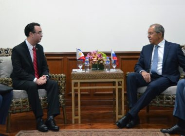 Philippines' Foreign Minister Alan Peter Cayetano and Russian Foreign Minister Sergey Lavrov meeting on the sidelines of the ASEAN foreign ministers' meeting recently in Manila.  (Photo courtesy DFA)